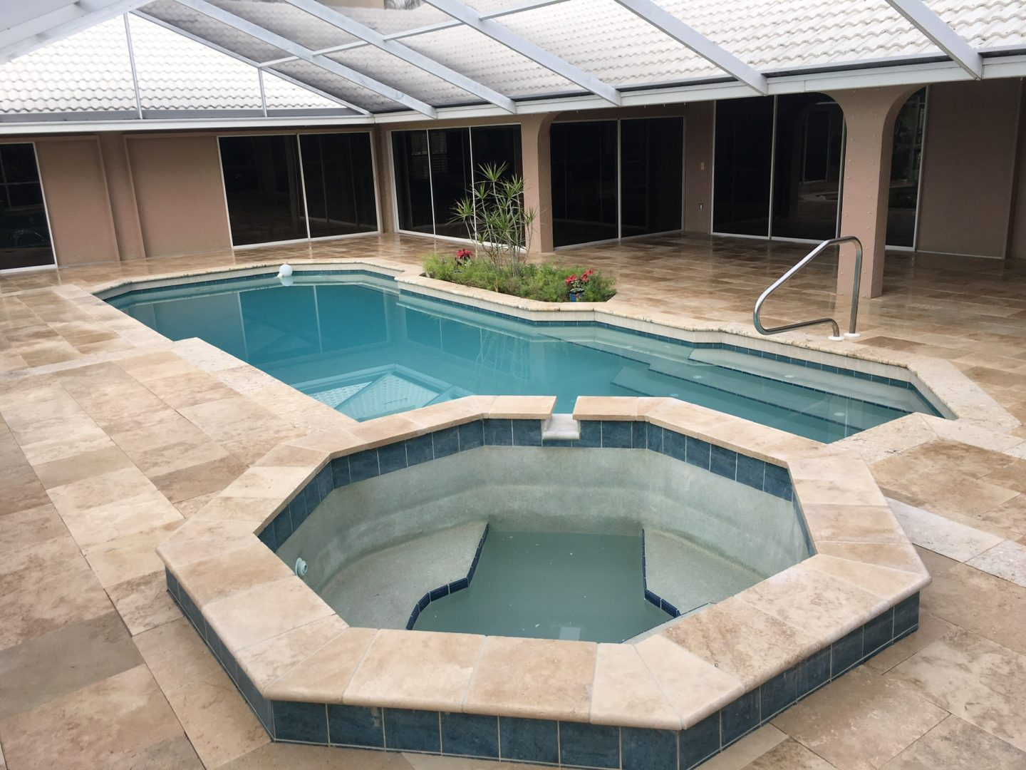 Travertine pavers that don't get hot!