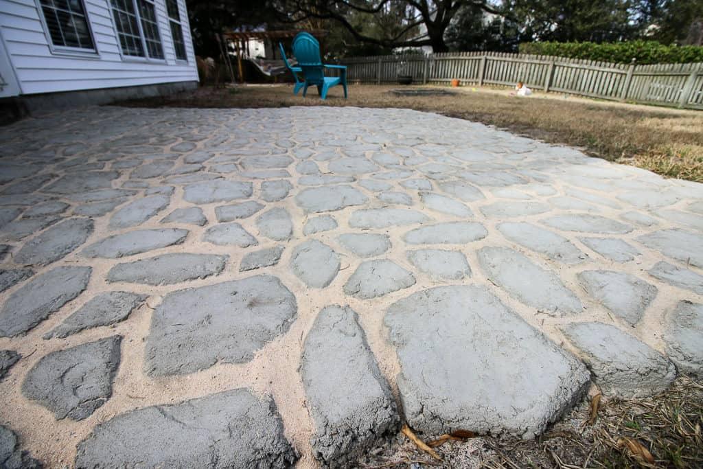 sand between pavers